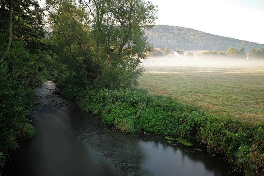 Riverviews along BahnRadweg Hessen.