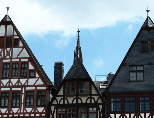 A view of the houses at Frankfurt's Römerplatz.