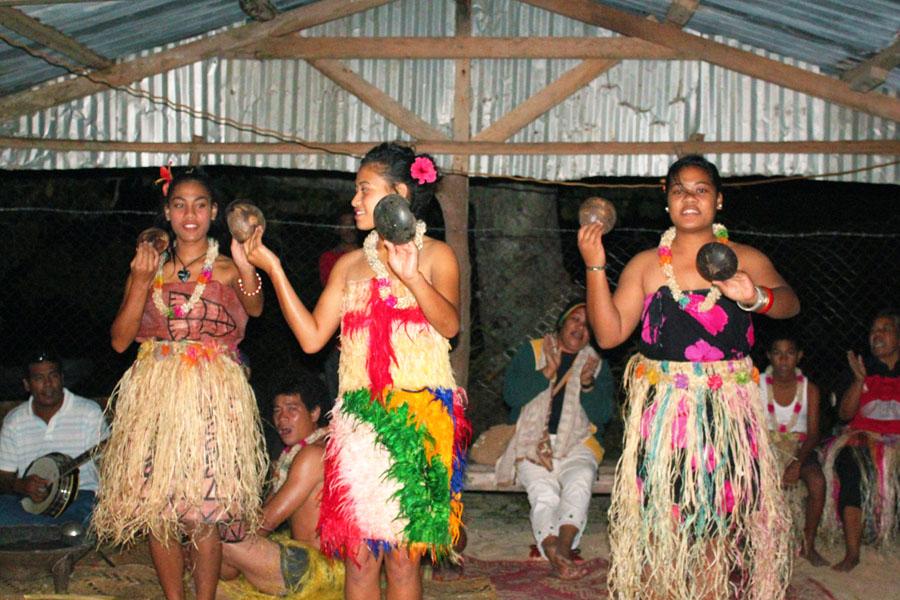 A traditional Tongan performance.