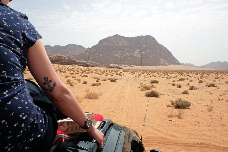 Jeepride through the desert of Wadi Rum