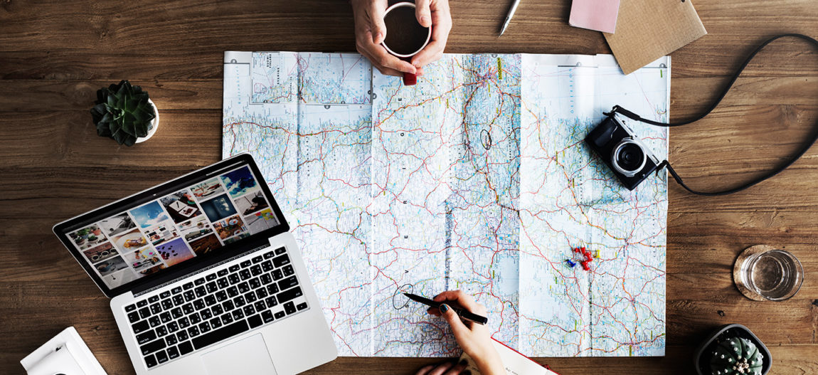 Find useful tips about how to start full-time travel!