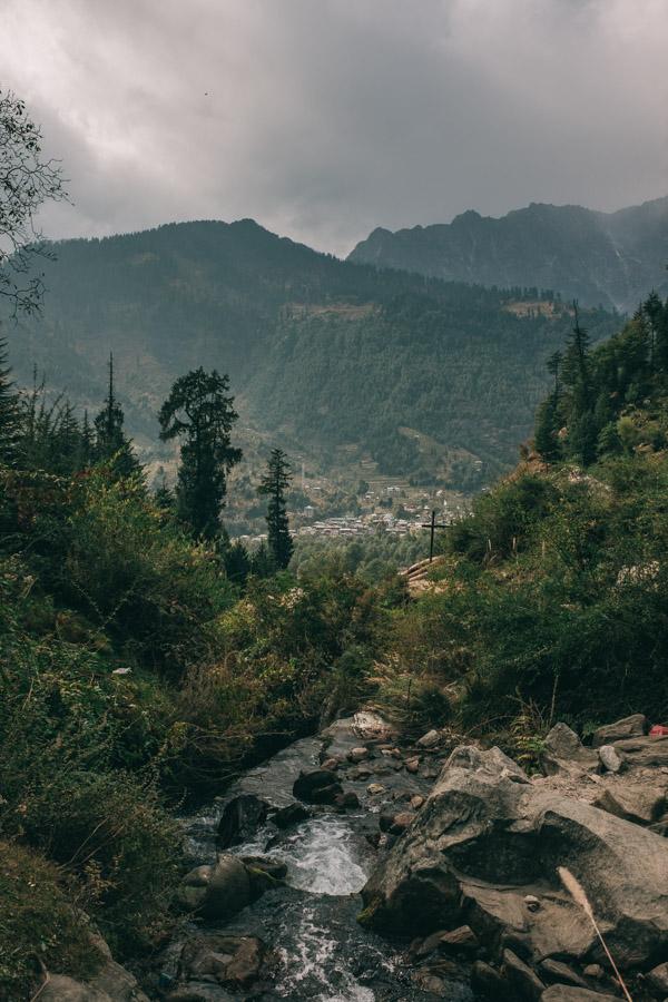 waterfall viewpoint manali
