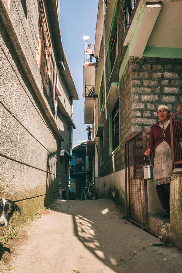 alleys in manali