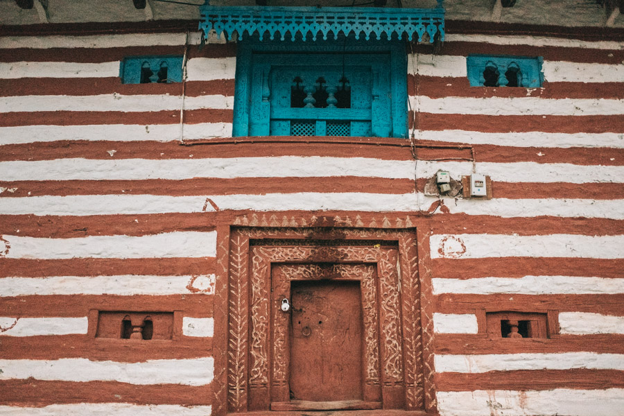 doors of old manali